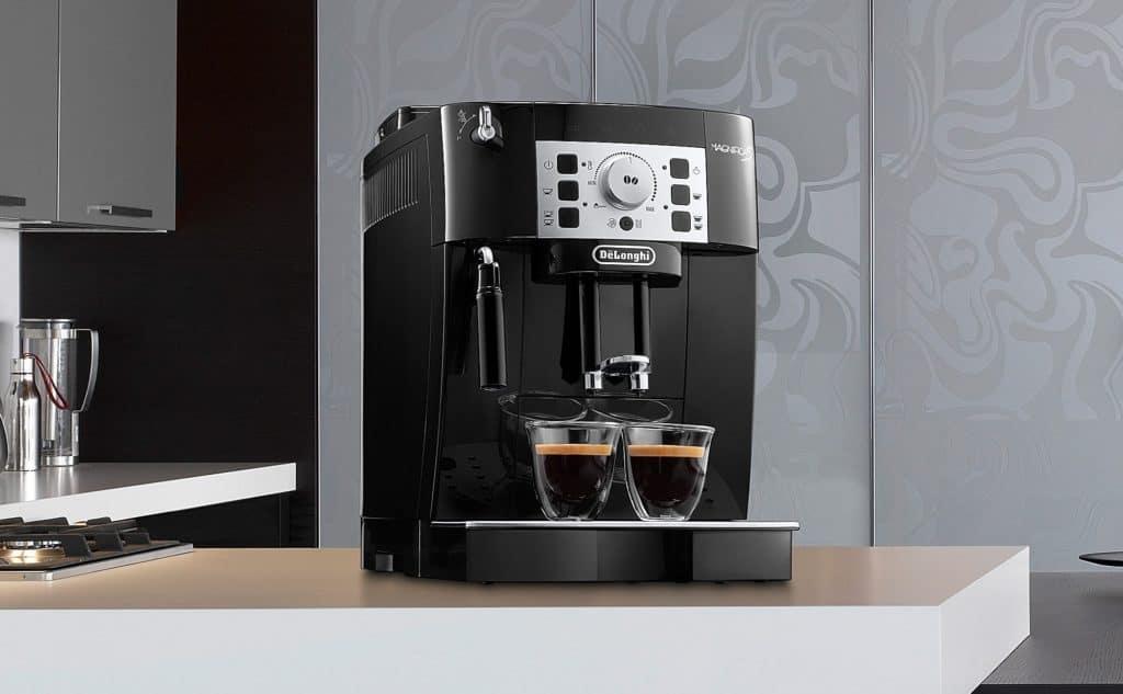 Machine-cafe-Expresso-DeLonghi-ECAM22.110B