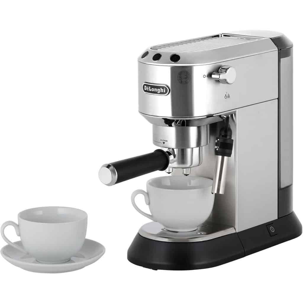 machine-cafe-DeLonghi-EC-685.M-Dedica