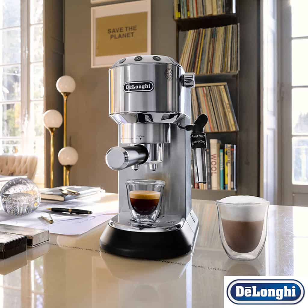machine-cafe-DeLonghi-EC-685.M-Dedica-test